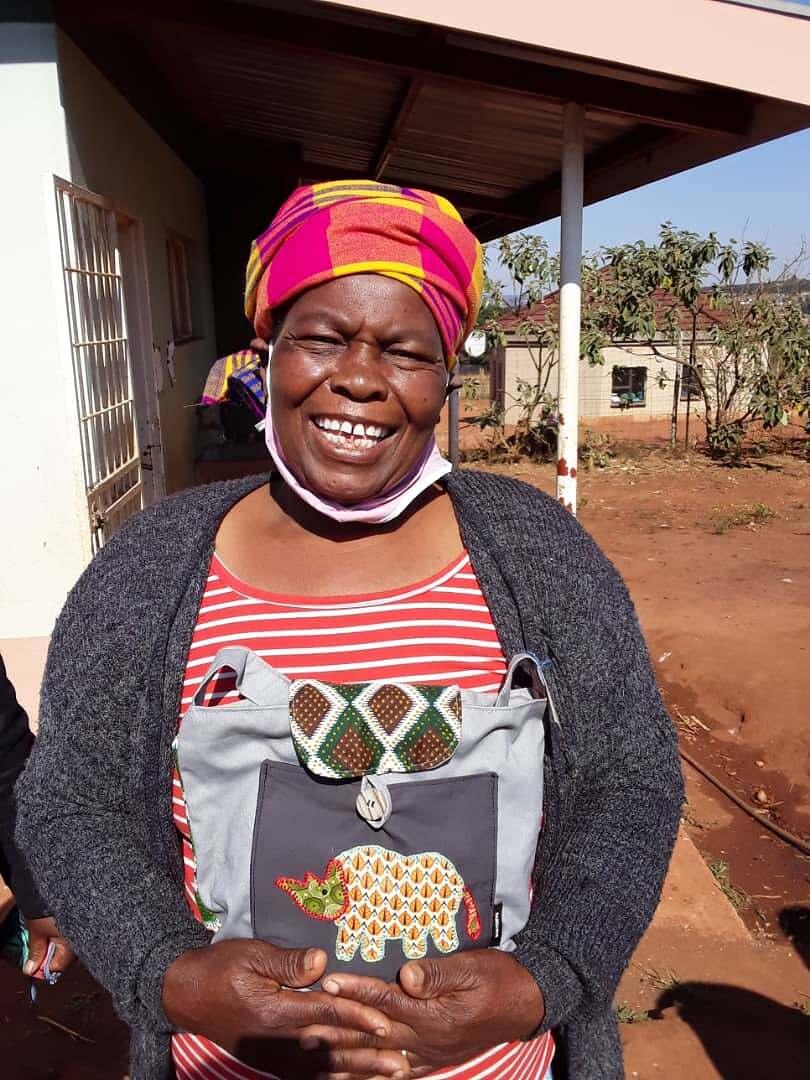 Make Rose: One of the Bamabanani Ladies